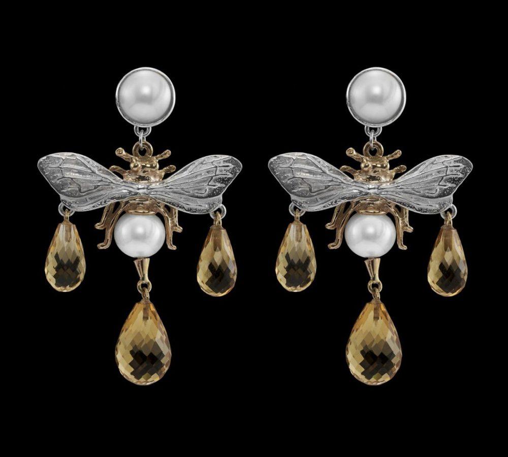 Multi-hornet-earring-18k-1440x1440