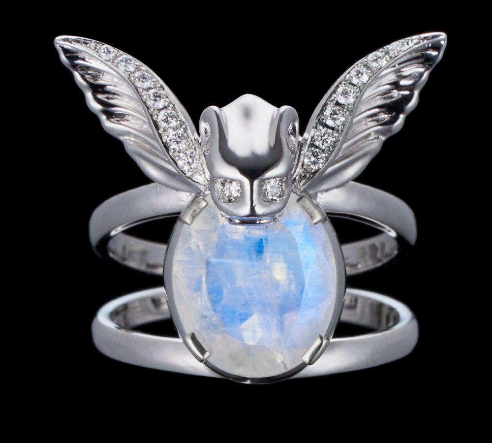 gargoyle-moonstone-ring-18k-white-gold-1-1440x1440